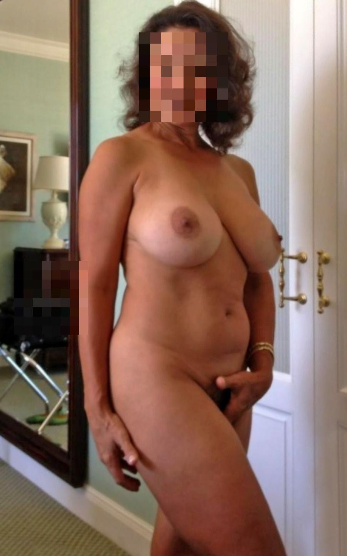 Mulher solteira 798327